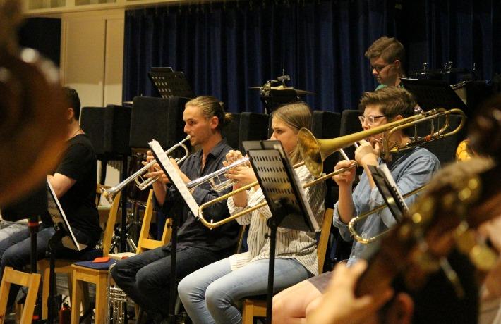 Krzysztof Rehearsal 15