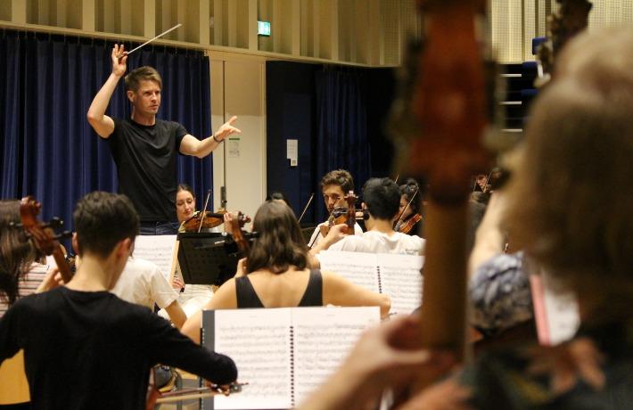 Krzysztof Rehearsal 11